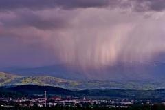 Jelenia-Gora-w-deszczu_Marek-Czeremski_1
